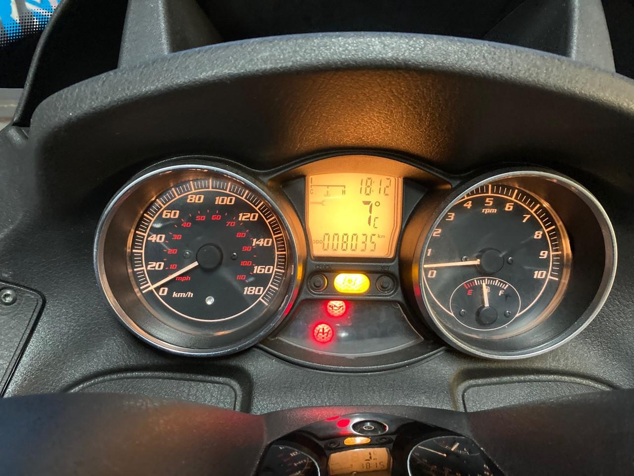 photo de PIAGGIO MP3 500 LT 500 occasion de couleur  en vente à Le Mans n°2