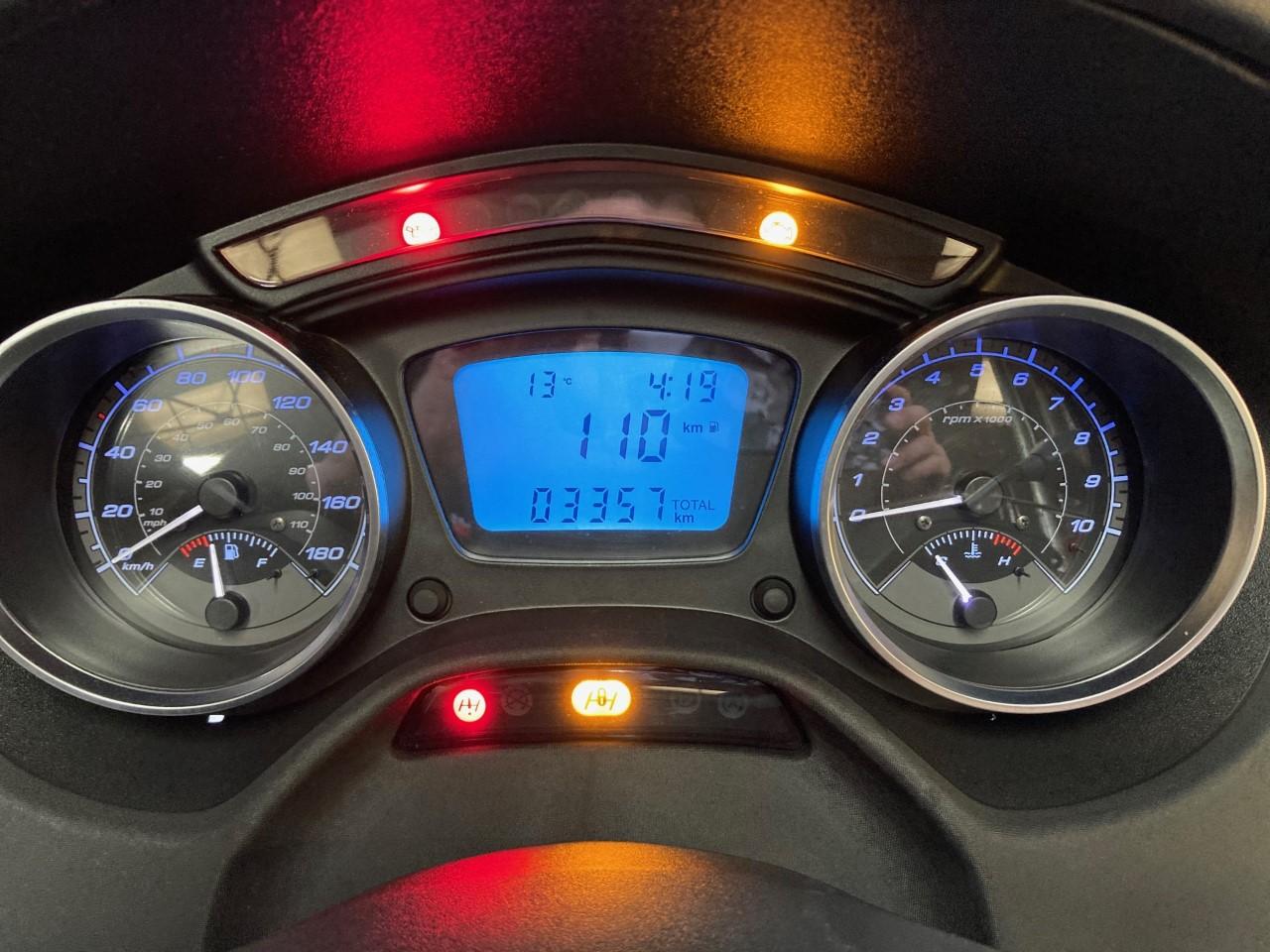 photo de PIAGGIO MP3 500LT SPORT 500 occasion de couleur  en vente à Le Mans n°2