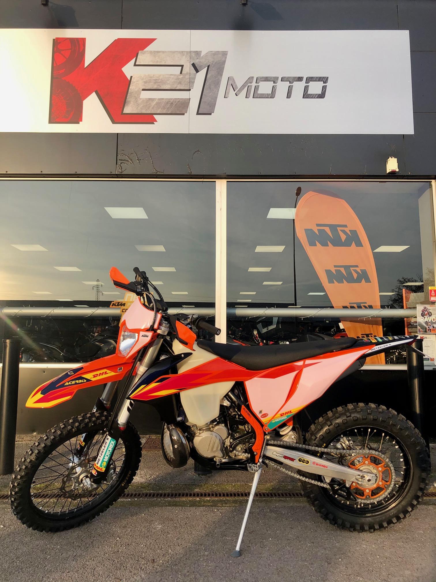 photo de KTM EXC (ENDURO) 300 occasion de couleur  en vente �  Chenove
