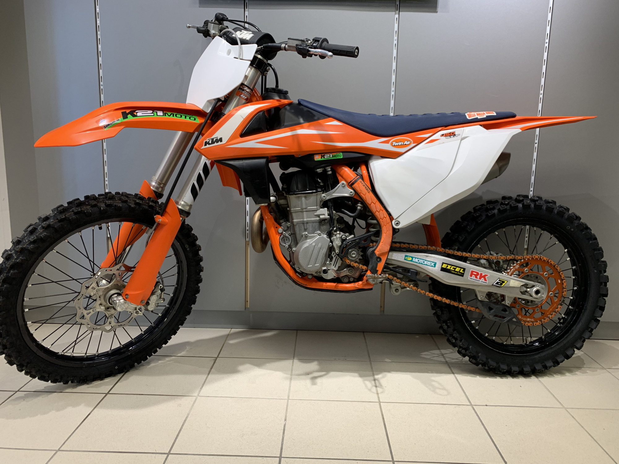 photo de KTM SX-F 450 occasion de couleur  en vente �  Chenove